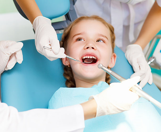 child-at-dentist